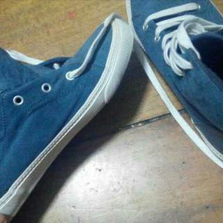 Authentic Old Navy sneakers
