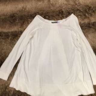 BP STUDIO Made in Italy white top 95% new