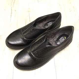 🚚 【E17136】Easy sprit 紳士款包鞋