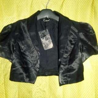 Blazer hitam CHLOE