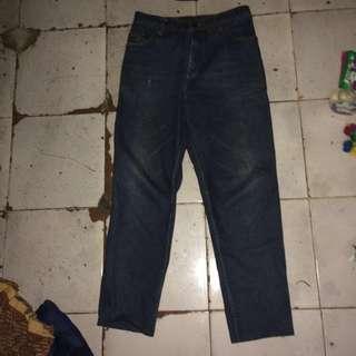 Levis jeans ori 100% freeong jabodetabek!!!