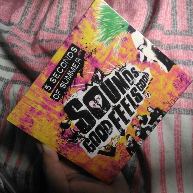 5 Seconds of Summer Sounds Good Feels Good (5SOS SGFG) Album