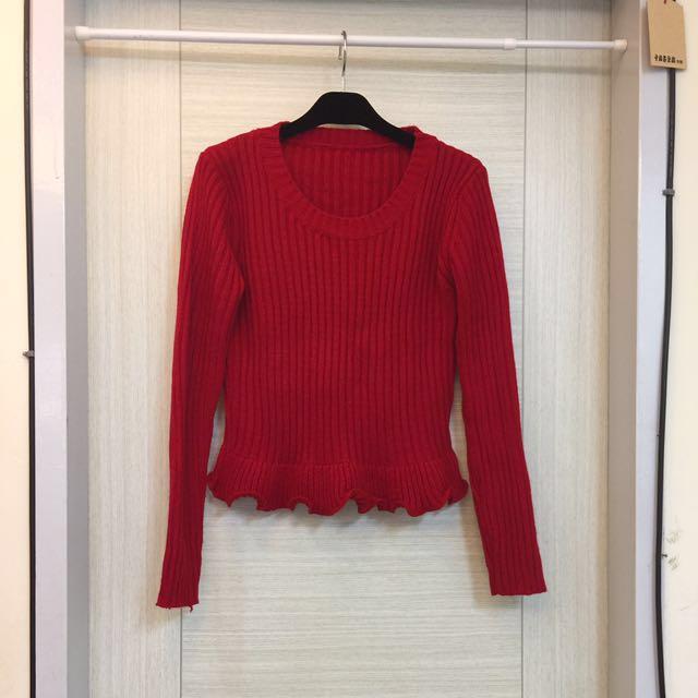紅色羅紋針織短版毛衣