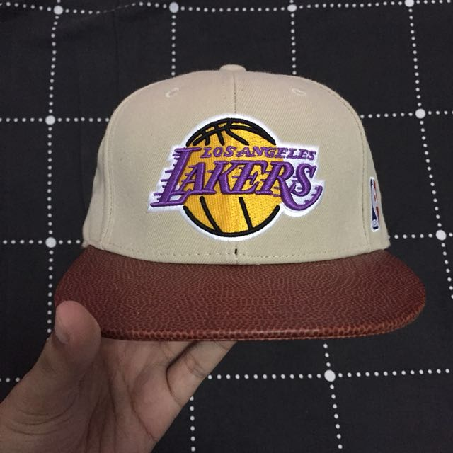 298e3ec9 Adidas Original NBA Basketball Brim Lakers Cap, Men's Fashion, Accessories  on Carousell
