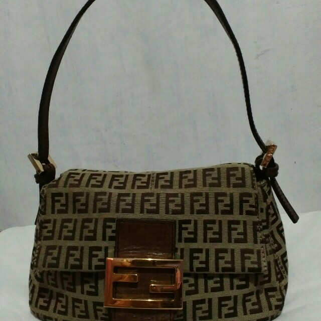 Authentic Fendi Vintage Monogram Shoulder Bag Made In Italy Women S Fashion Bags Wallets On Carou