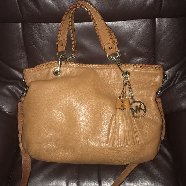 Authentic Michael Kors Large Leather Bennet Bag