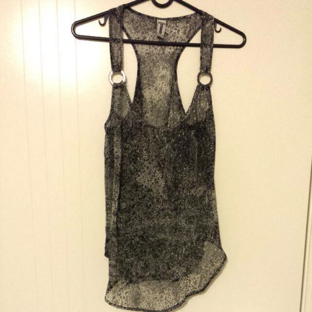BNWOT - T By Bettina Liano Sheer Top Size 6