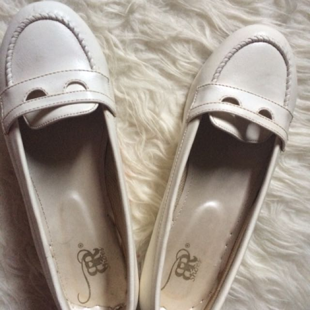 Br Shoes white
