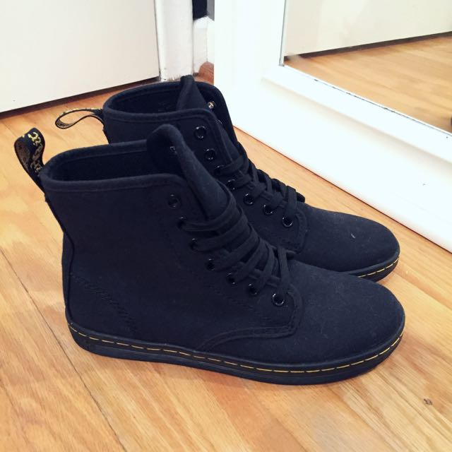 Brand New Doc Martens women's 6