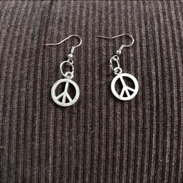 Earrings (peace)