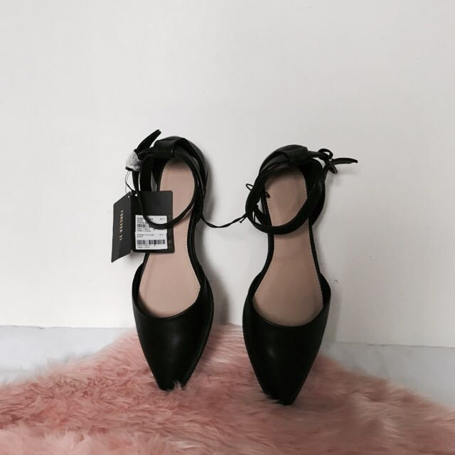 5c97846f64c8 Forever 21 black shoes