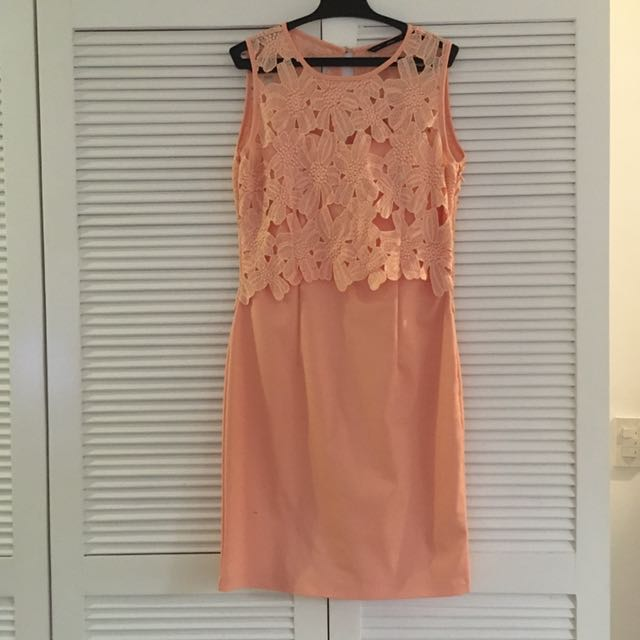 ForMe Lace Dress in Peach
