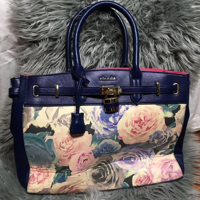 Gorgeous floral handbag