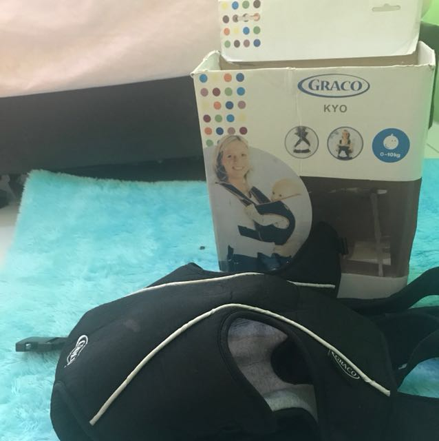 Graco Baby Carrier / Gendongan Kangaroo