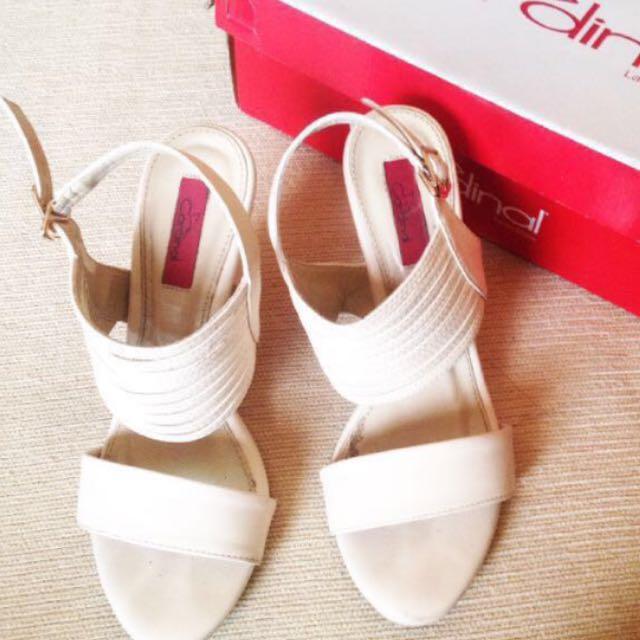 Heels cardinal white
