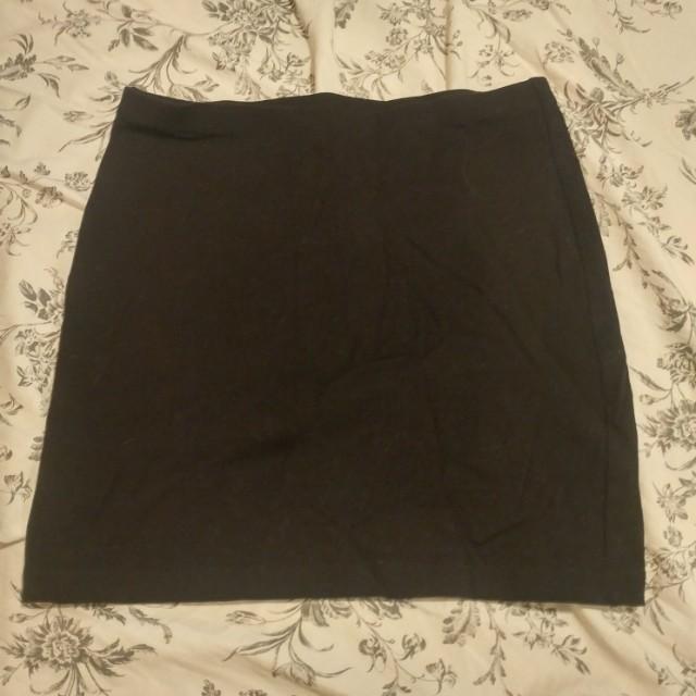 H&m mini jersey skirt, size 4