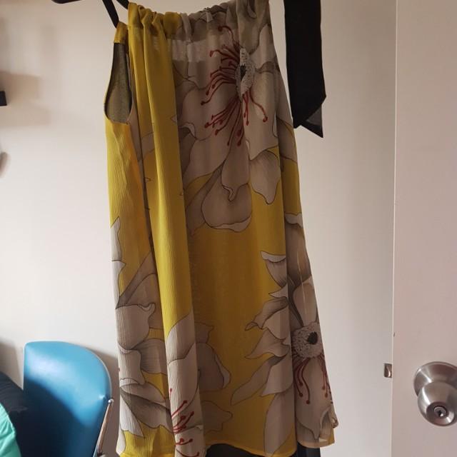Ladies size 8 floral dress