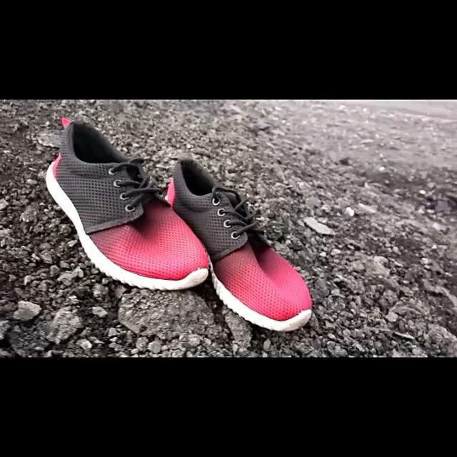 Lazada Sports Shoes