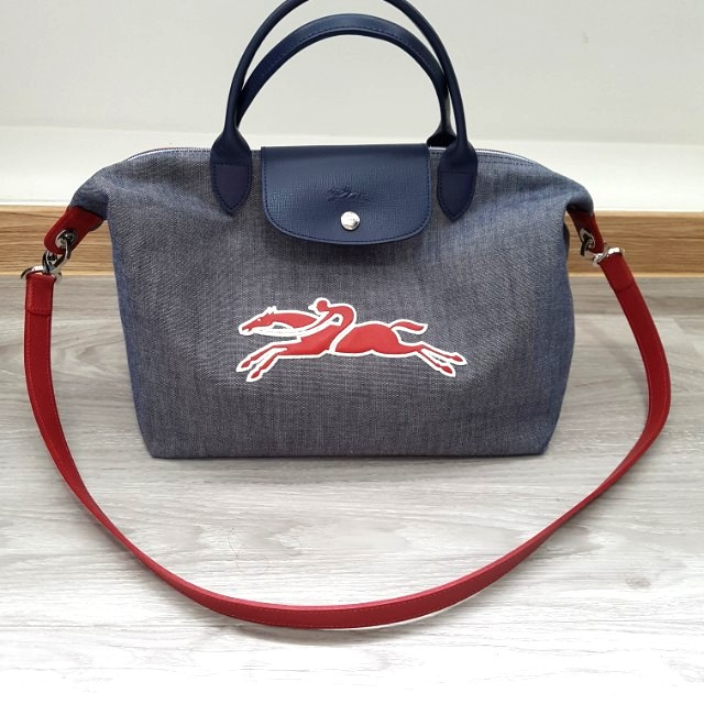 2468c47c1b3 Like New! AUTHENTIC LONGCHAMP LE PLIAGE ON THE ROAD TOP HANDLE ...