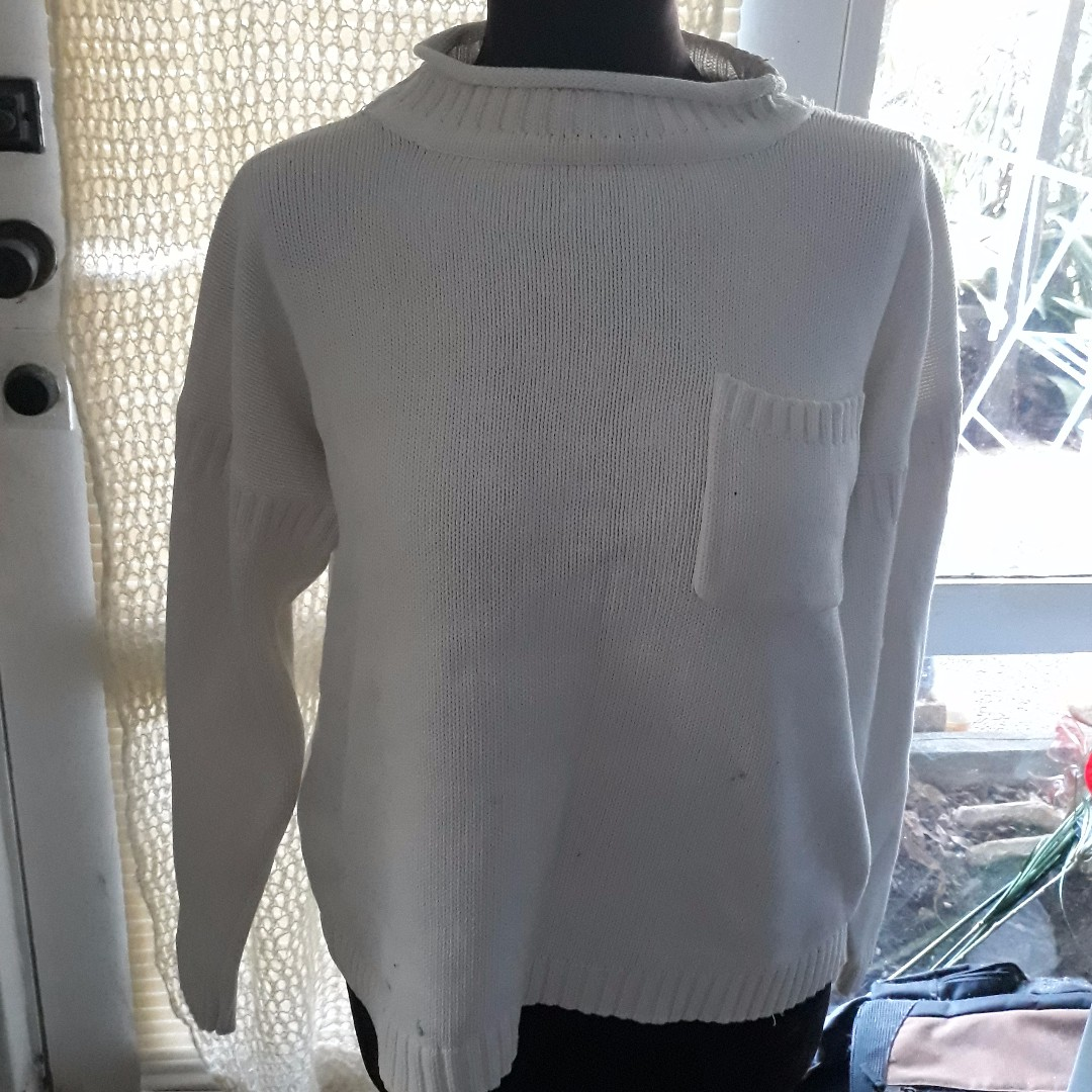 Medium Sportsgirl White Wool Jumper (some marks)
