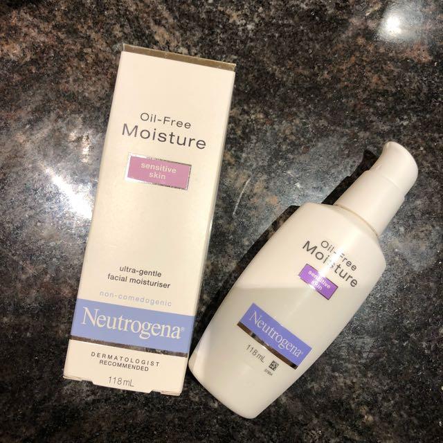 NEUTROGENA oil-free moisture on sensitive skin