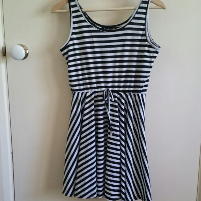 New Chicabooti dress size M