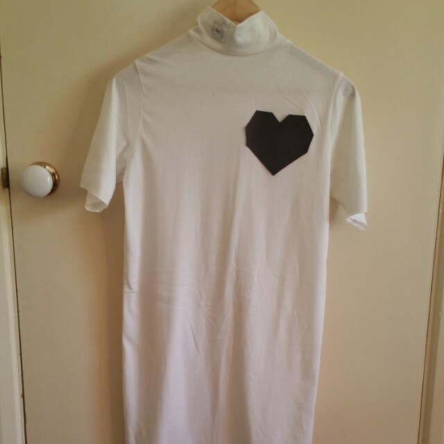 NEW Esqape holographic heart tee dress S