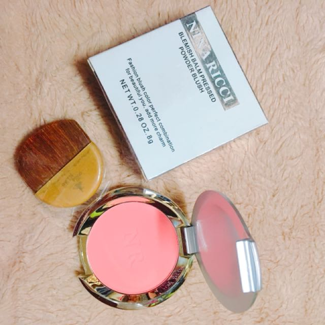 NIna Ricci Blush On