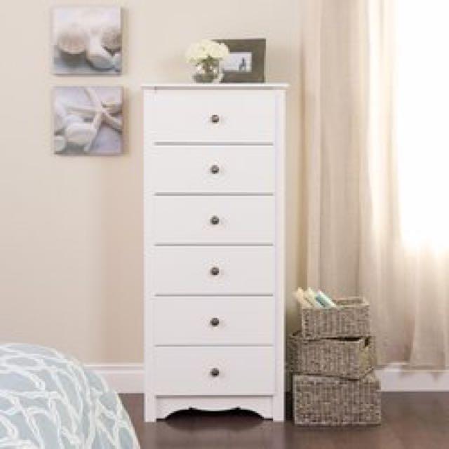 Perfect condition 6 drawer dresser