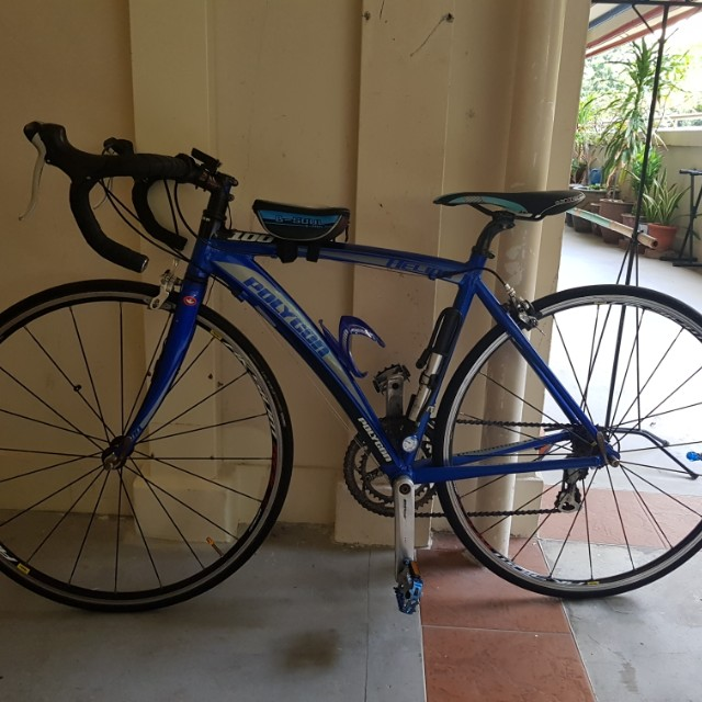 03d2b4f8fb6 Road bike fast deal polygon helios 100, Bicycles & PMDs, Bicycles on  Carousell