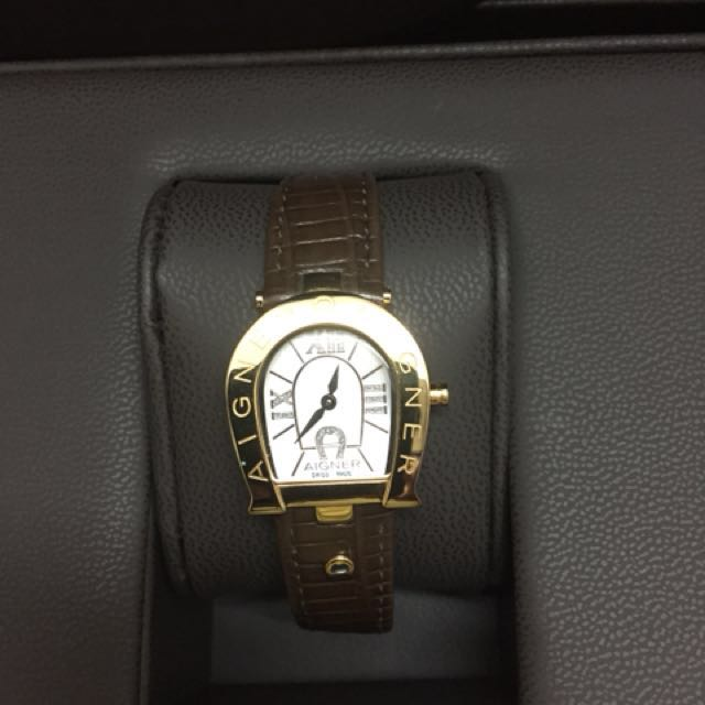 great deals affordable price arrives Preloved Aigner watch condition like new