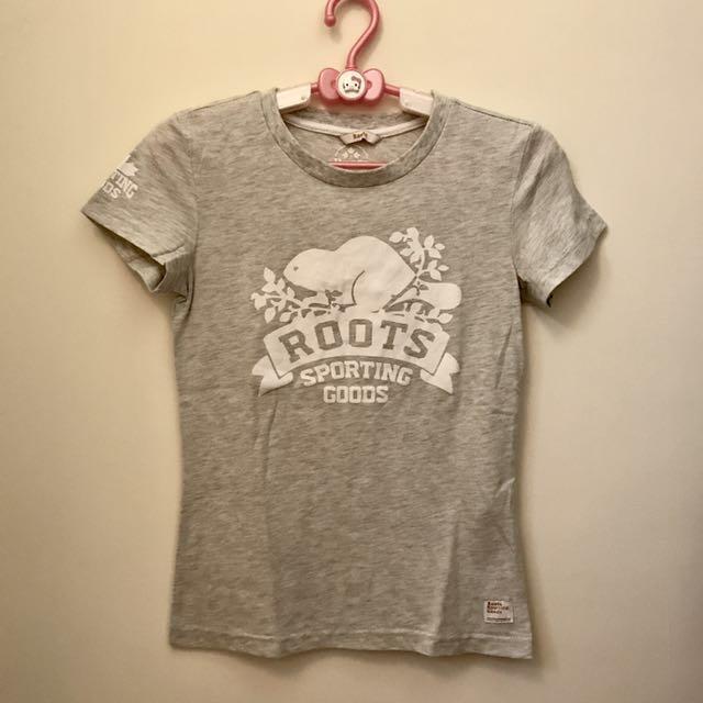 Roots 灰色短袖上衣