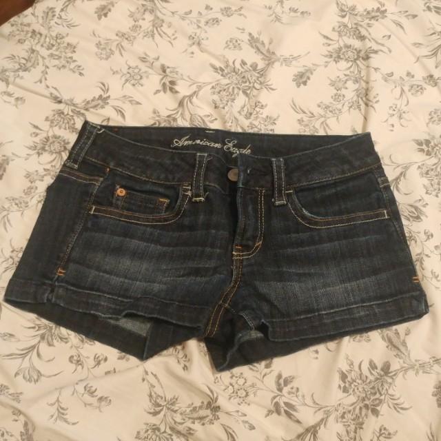 Short shorts, size 0.