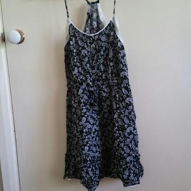 Sportsgirl dress size 10