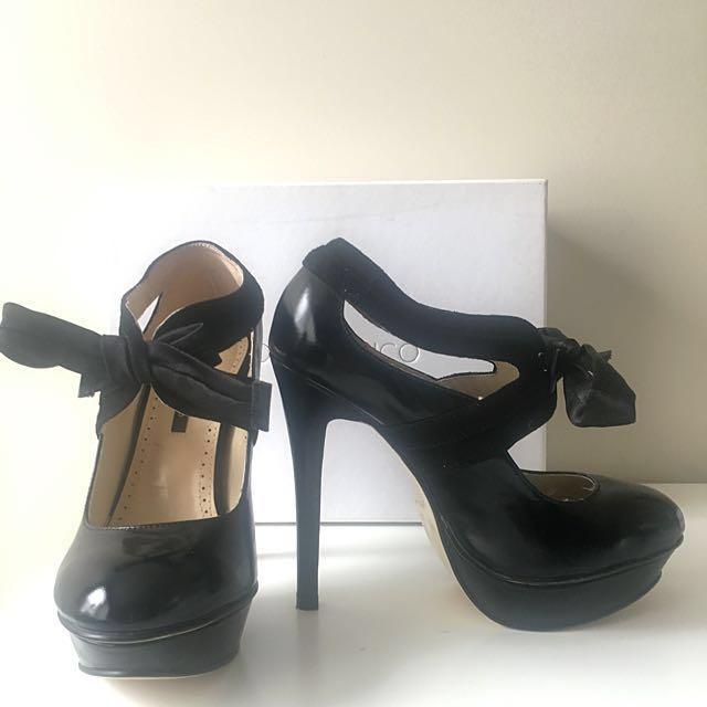 T O N Y. B I A N C O | Black Patent Heels | Size 5