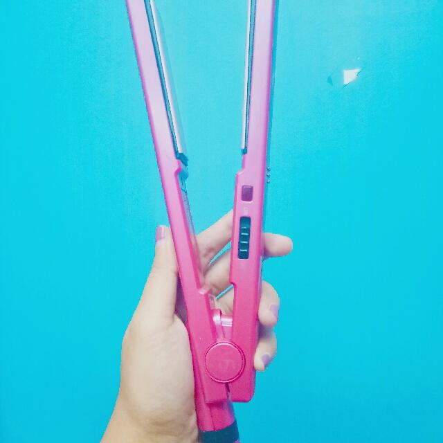 REPRICED Vidal Sassoon Hair Straightener & Curler