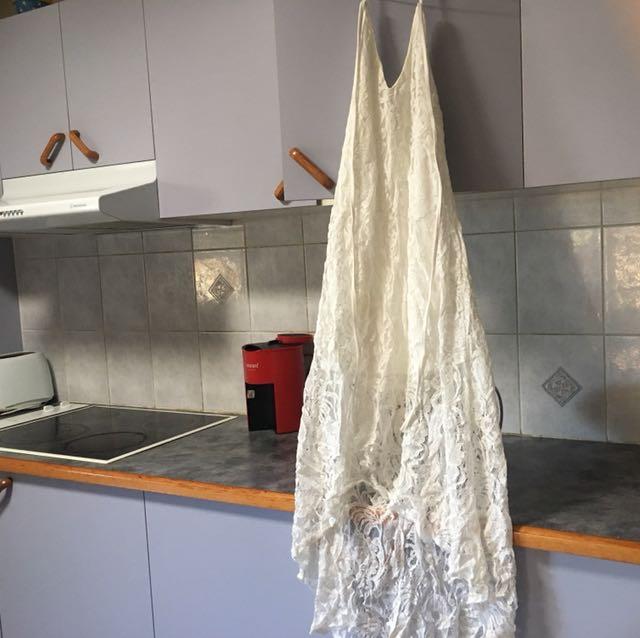 White Rosebullet lace dress