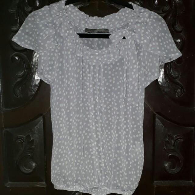 Zara gray polkadots top