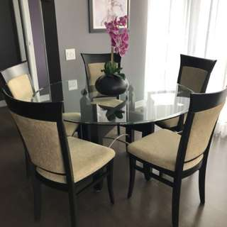 "52"" glass round table with 5 chairs"