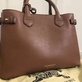 AUTHENTIC Burberry Banner Bag Medium