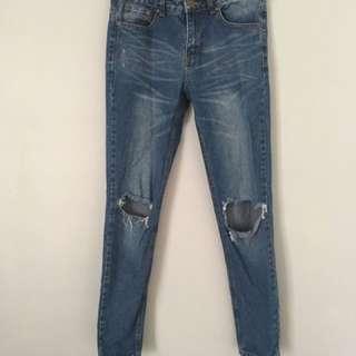 Size 8 Boohoo boyfriend jeans