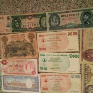 13 bank notes rare in very good condition