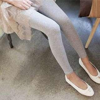 (BN) Ready stock Leggings