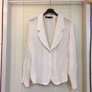 🚚 白色皺折開襟外套-L