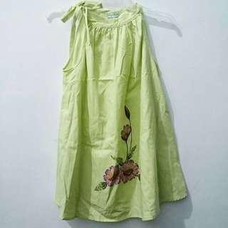 Baby on board maternity blouse (fits medium)