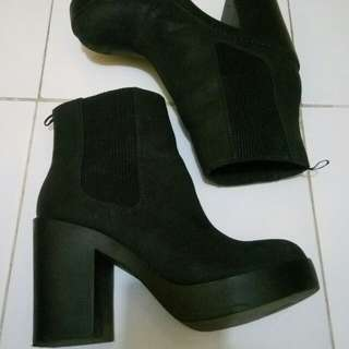 H&M Divided Black Boots