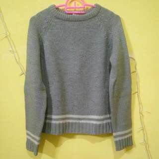 Preloved Sweater (Abu Abu)