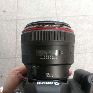 Canon EF 85mm 1.2