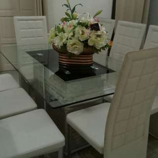 Dining set and quality carpet