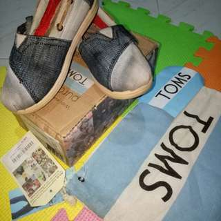 Authentic Toms Shoes for boy